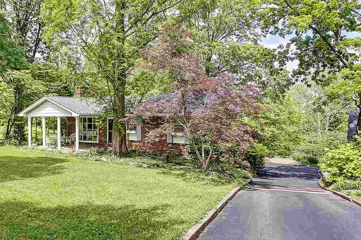 Photo 2 for 5063 Gary Ln Cold Spring, KY 41076