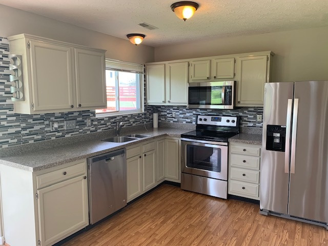 Photo 2 for 2151 Algiers St Union, KY 41091