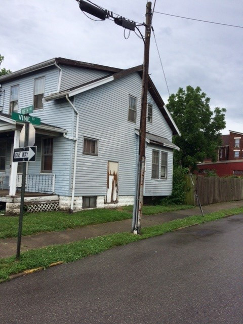 Photo 2 for 302 5th Dayton, KY 41074