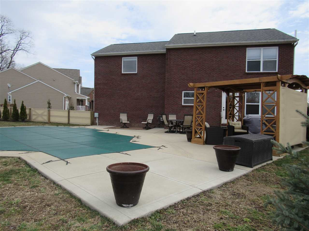 Photo 2 for 9357 Lago Mar Ct Florence, KY 41042
