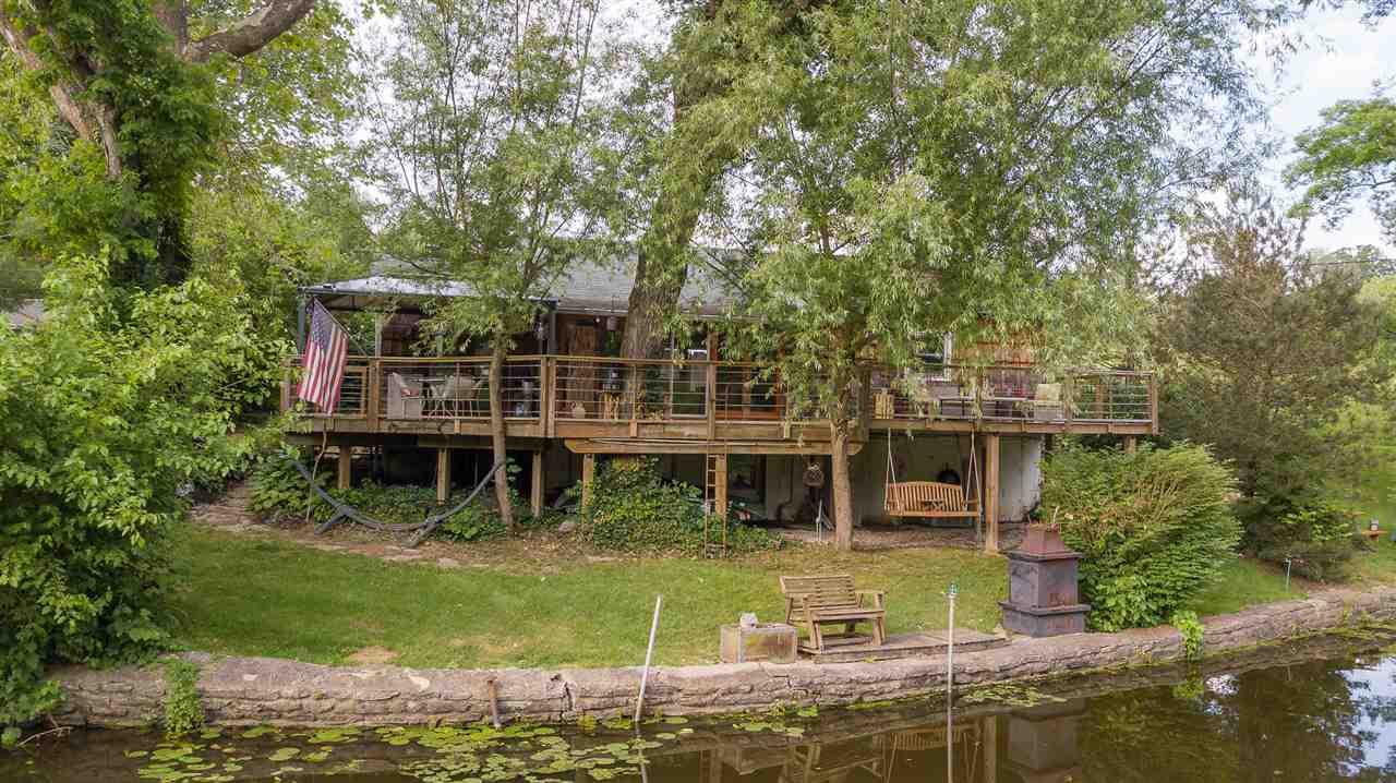 21 Boone Lake