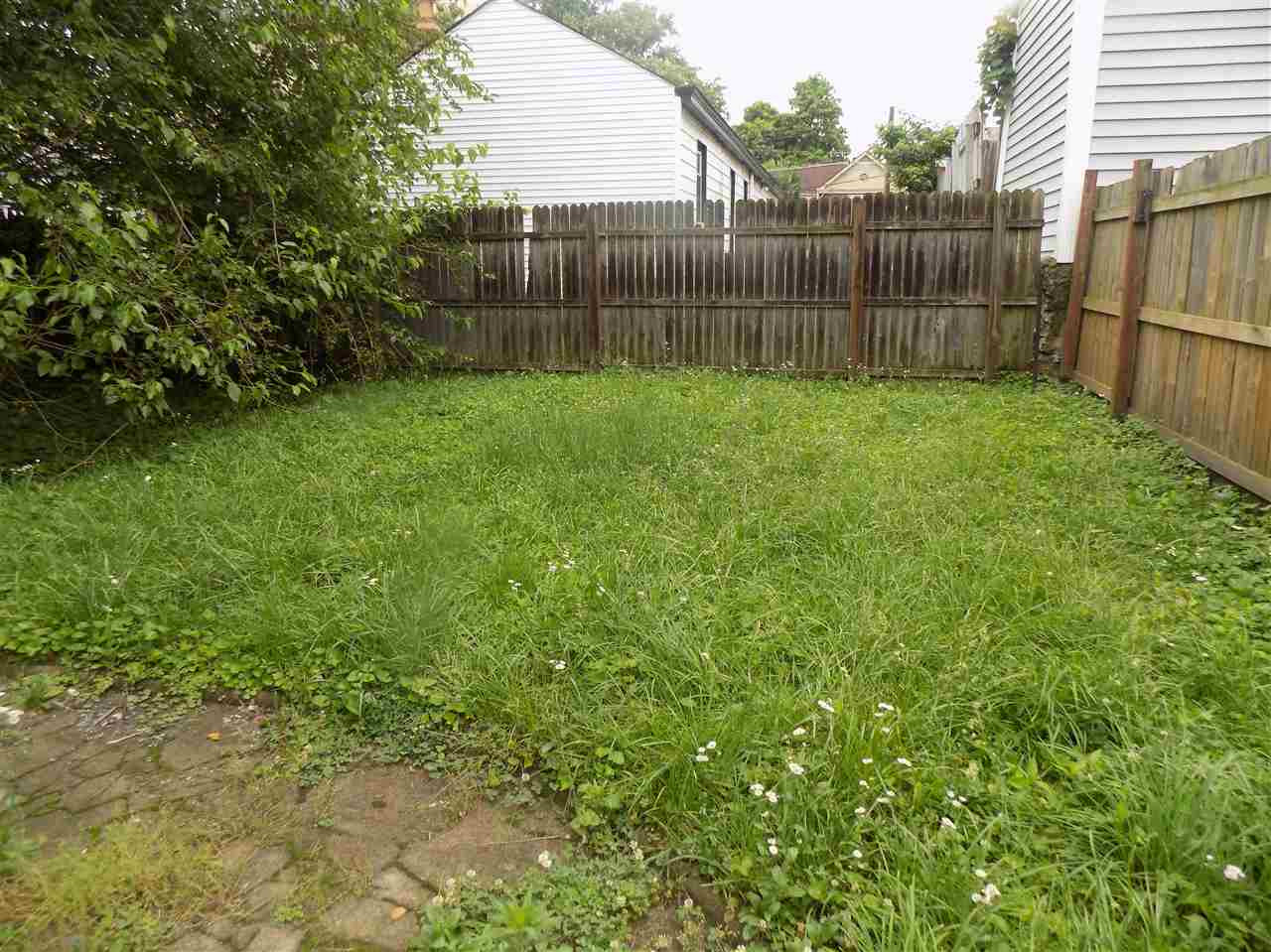 Photo 3 for 1037 Columbia Newport, KY 41071