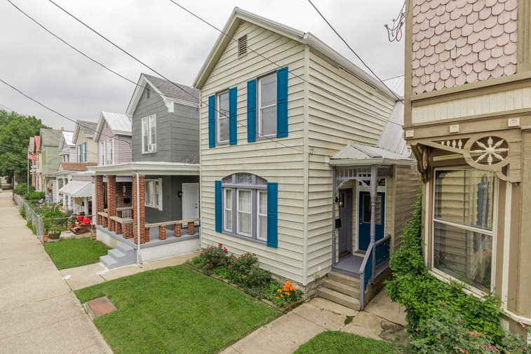Photo 2 for 1716 Greenup St Covington, KY 41011