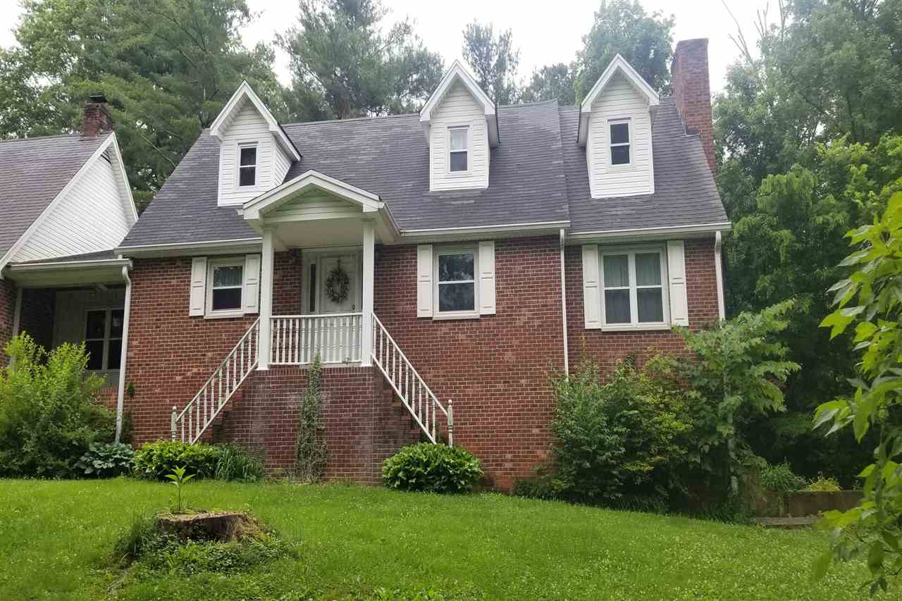 Photo 1 for 20 La Pine Ave Williamstown, KY 41097