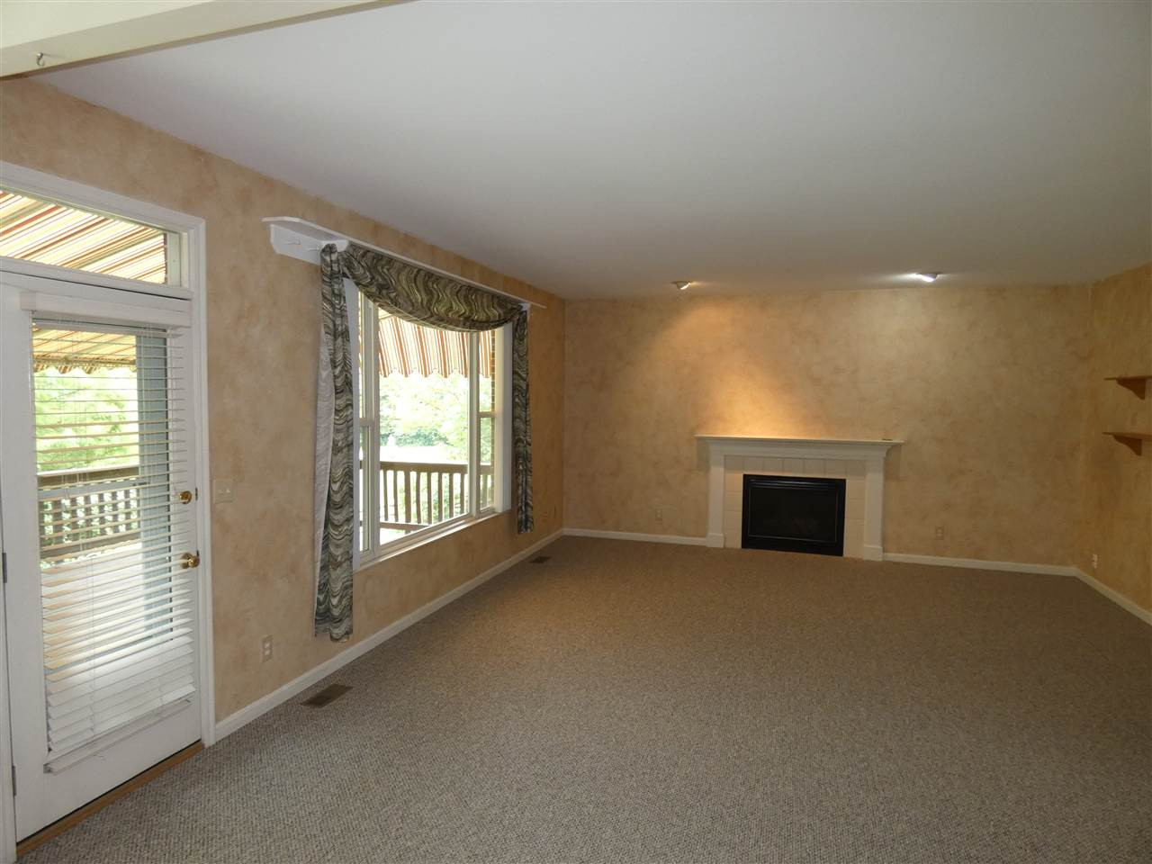 Photo 3 for 821 Schuler Ct Crescent Springs, KY 41017