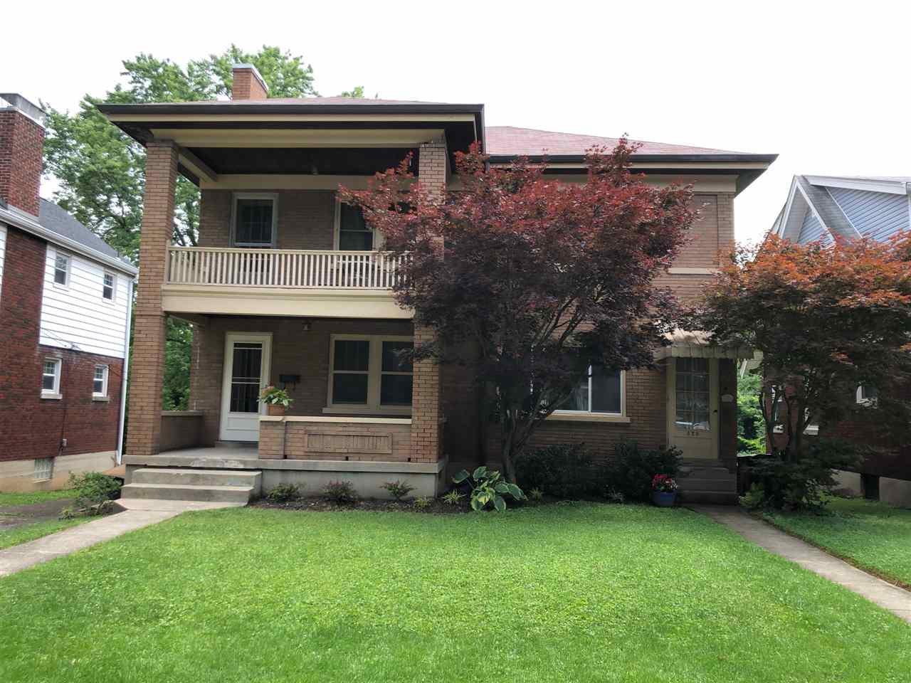 Photo 2 for 828 Saint James Park Hills, KY 41011