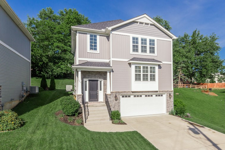Photo 1 for 509 Arlington Park Hills, KY 41011