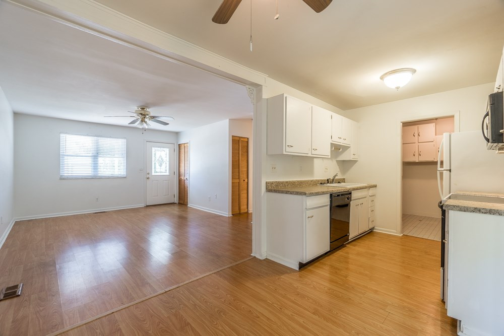 Photo 3 for 3830 Autumn Rd Elsmere, KY 41018