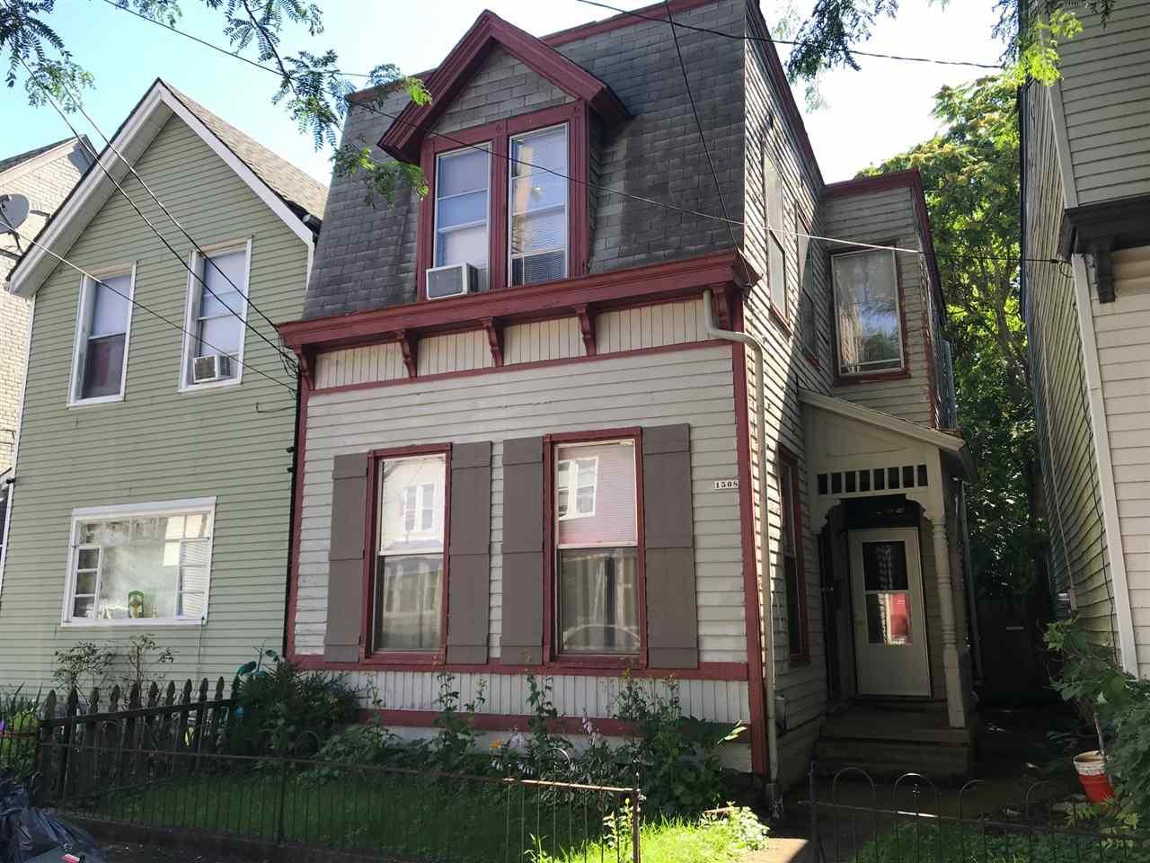1508 Woodburn Ave
