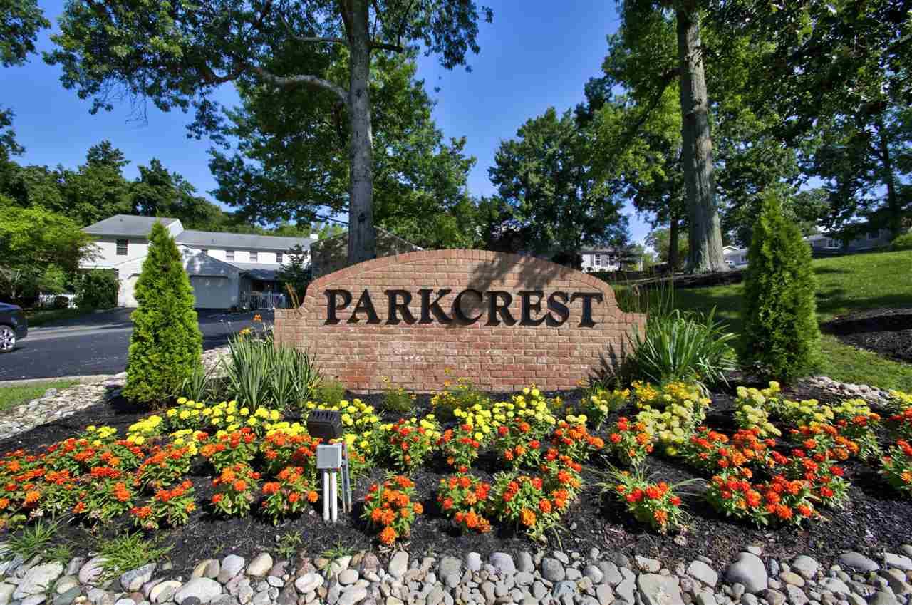 Photo 2 for 1015 Parkcrest Ln Park Hills, KY 41011