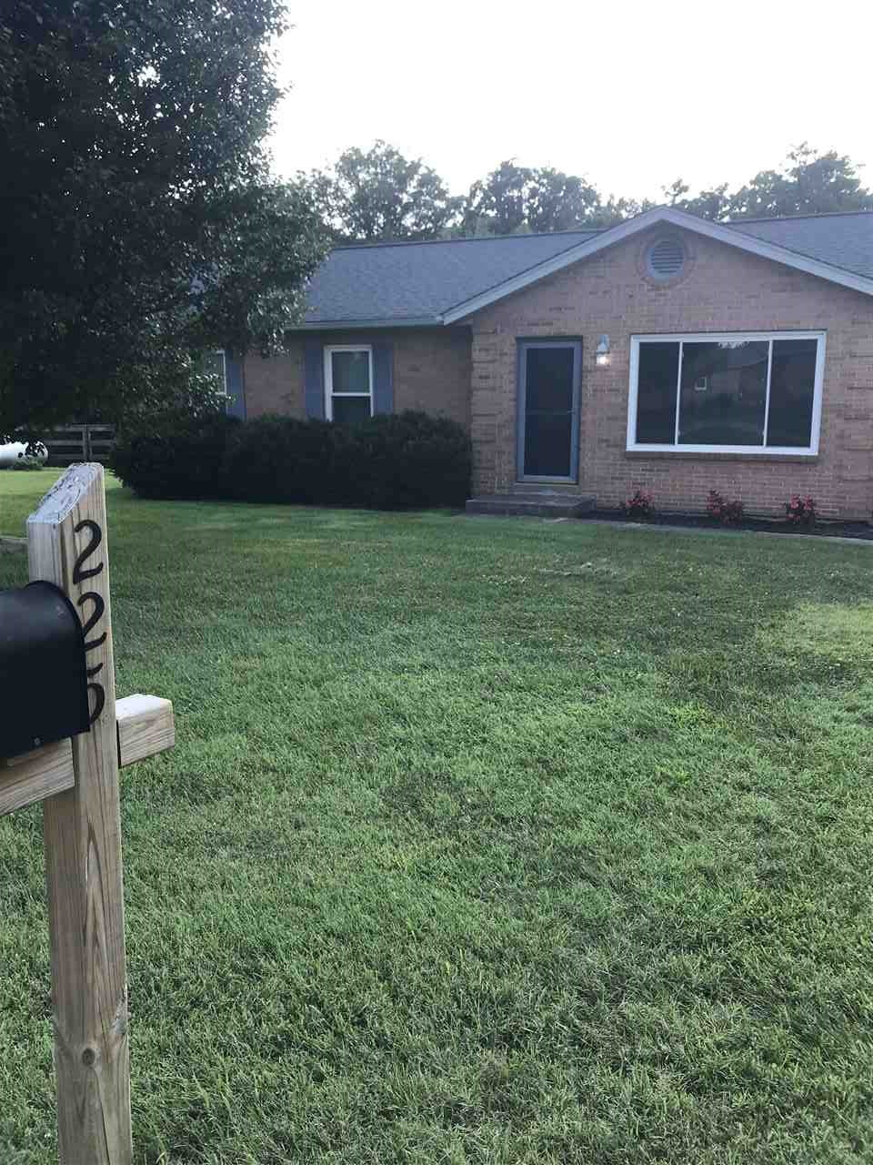 Photo 3 for 225 Clearview Ln Crittenden, KY 41030