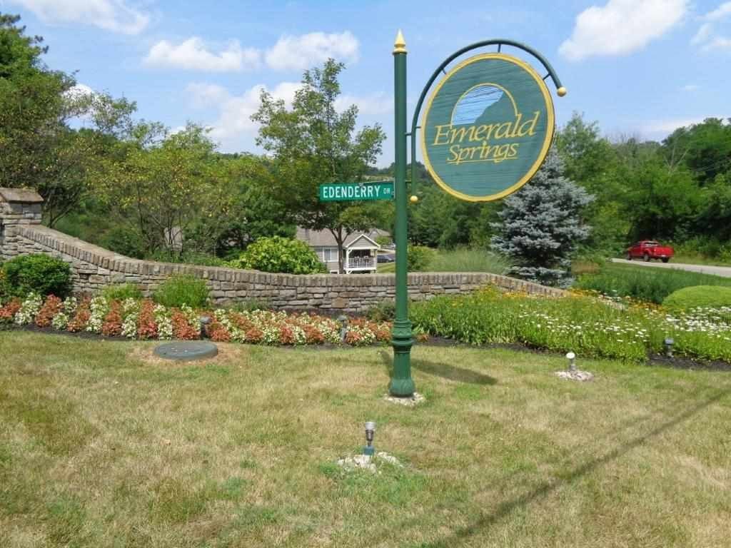 Photo 2 for 2256 Devlin Pl, 102 Crescent Springs, KY 41017