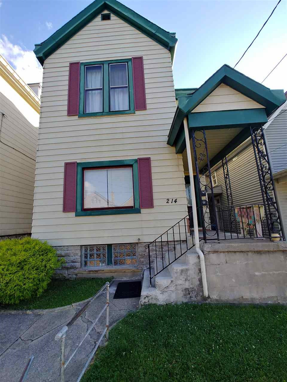 Photo 2 for 214 Berry Ave Bellevue, KY 41073