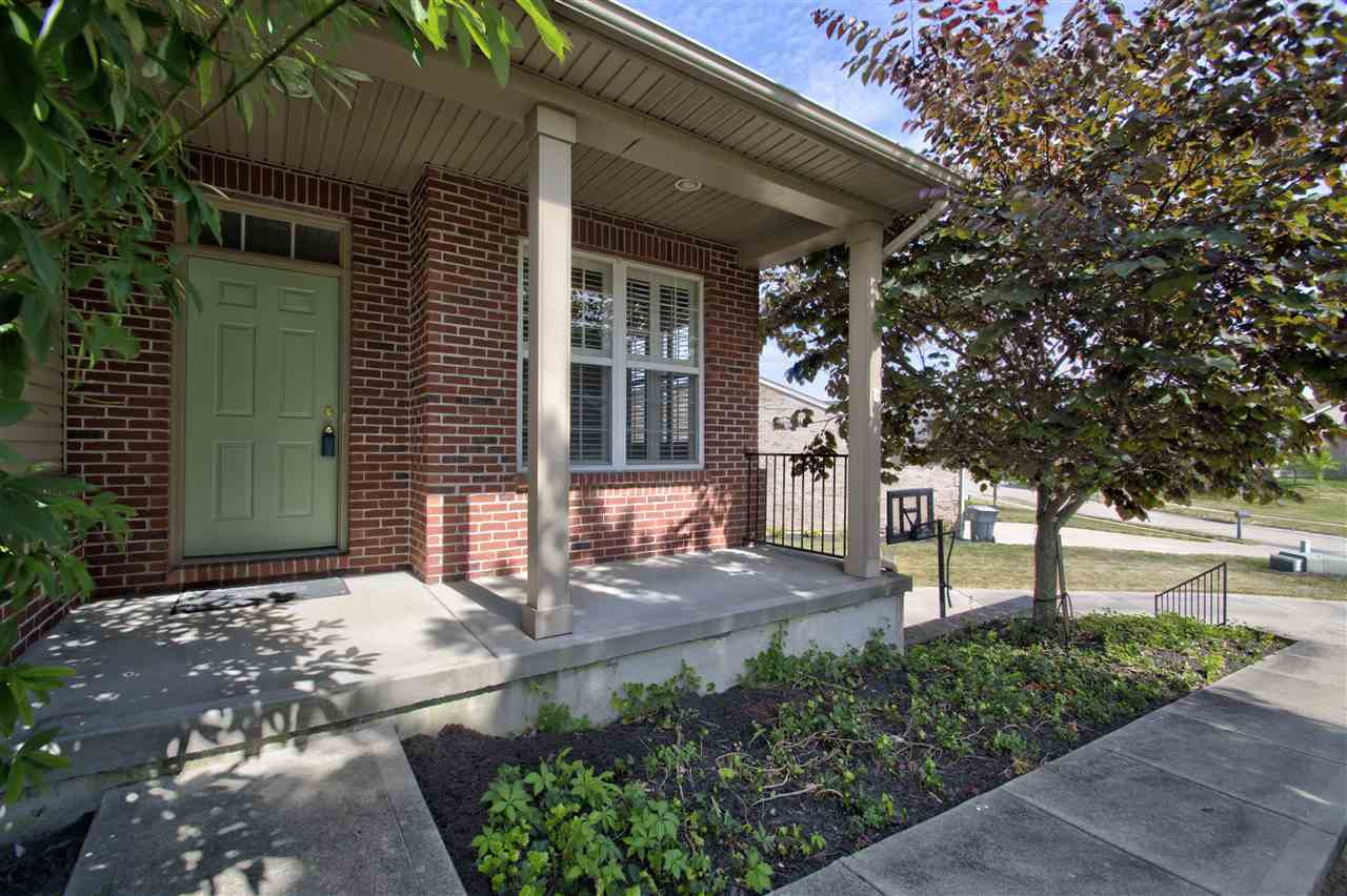 Photo 2 for 1480 Woodside Dr Florence, KY 41042