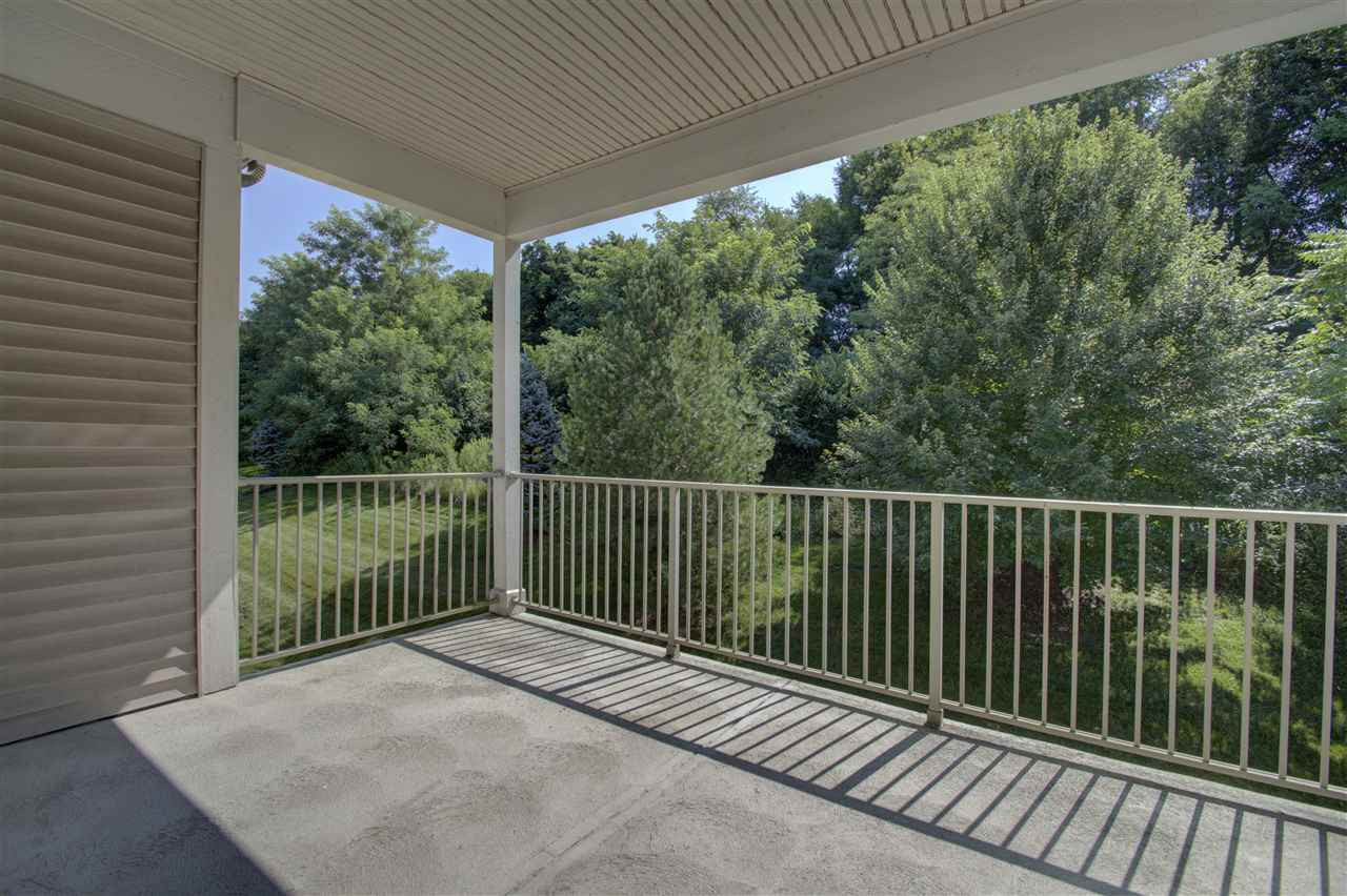 Photo 3 for 454 Pinnacle Way Ludlow, KY 41016