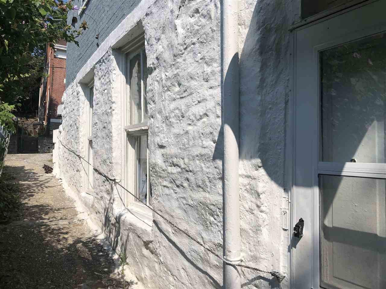 Photo 3 for 916 Western Ave Covington, KY 41011