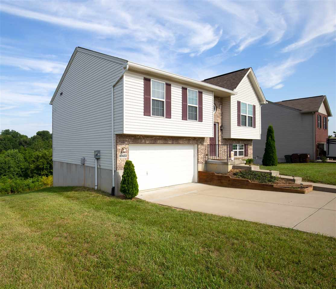 Photo 2 for 10423 Canberra Dr Independence, KY 41051