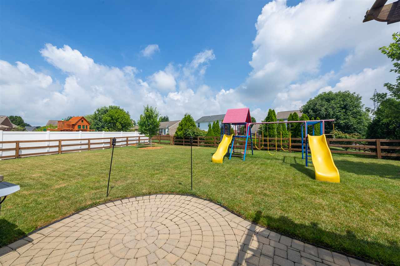 Photo 3 for 7627 Cloudstone Dr Florence, KY 41042