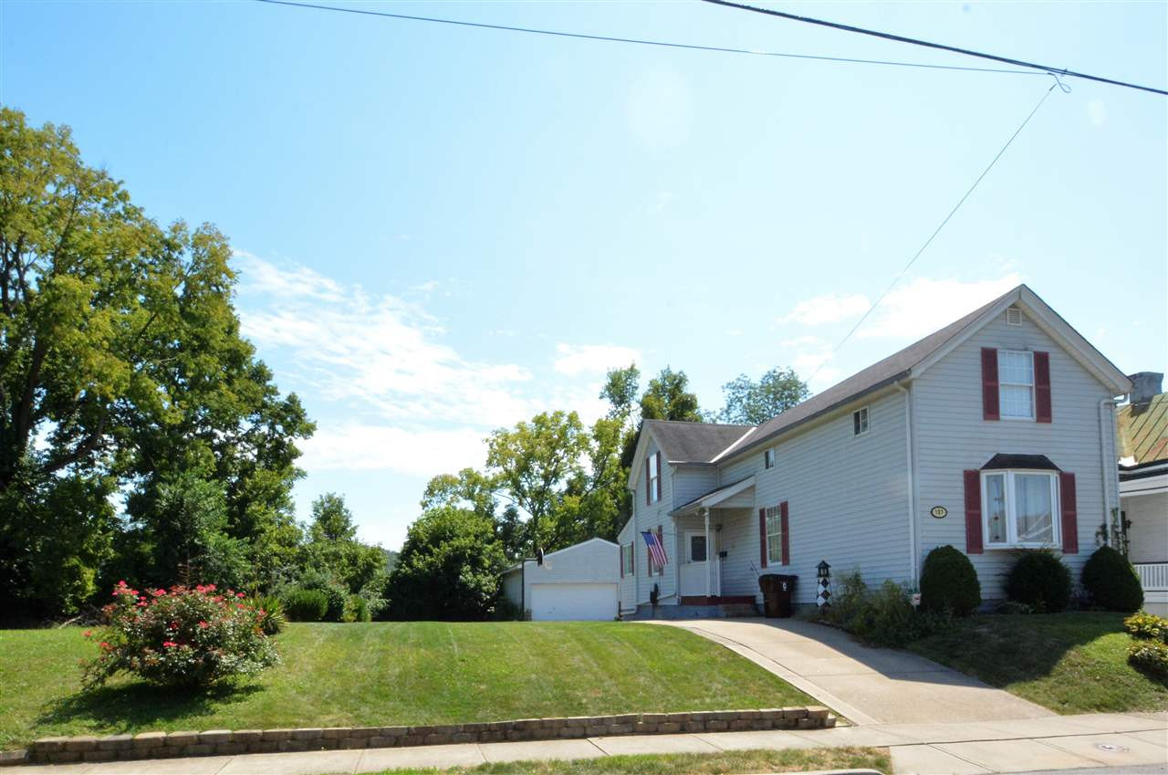 Photo 1 for 137 E 43rd St Latonia, KY 41015