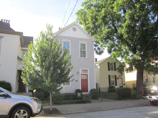 Photo 1 for 323 Center St Bellevue, KY 41073