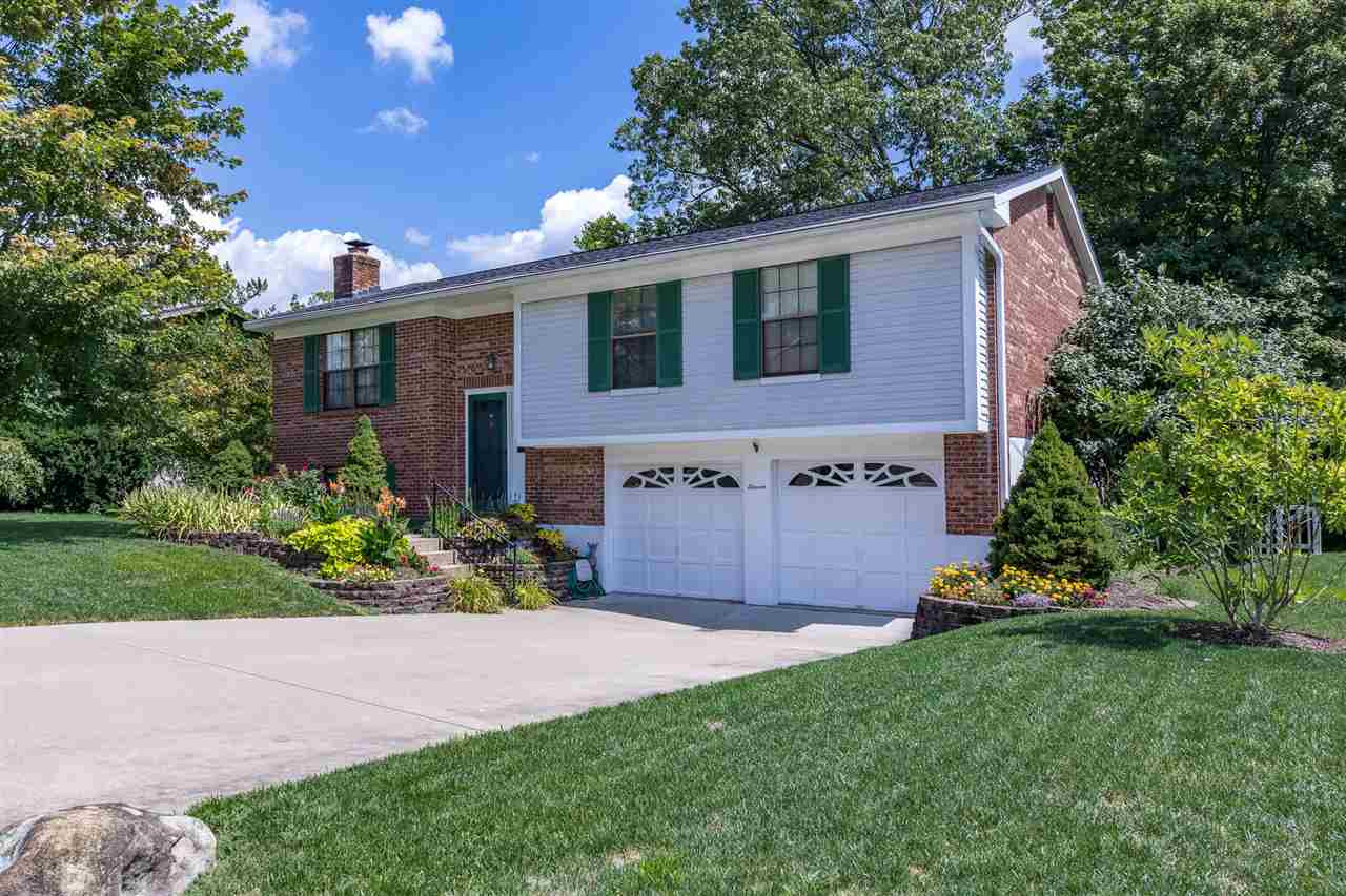Photo 1 for 11 Brandywine Highland Heights, KY 41076