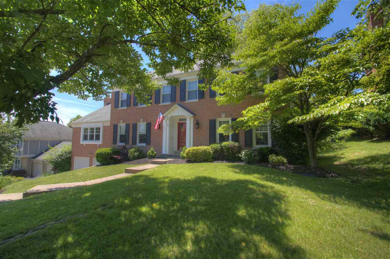 792 Foresthill Dr Crescent Springs, KY