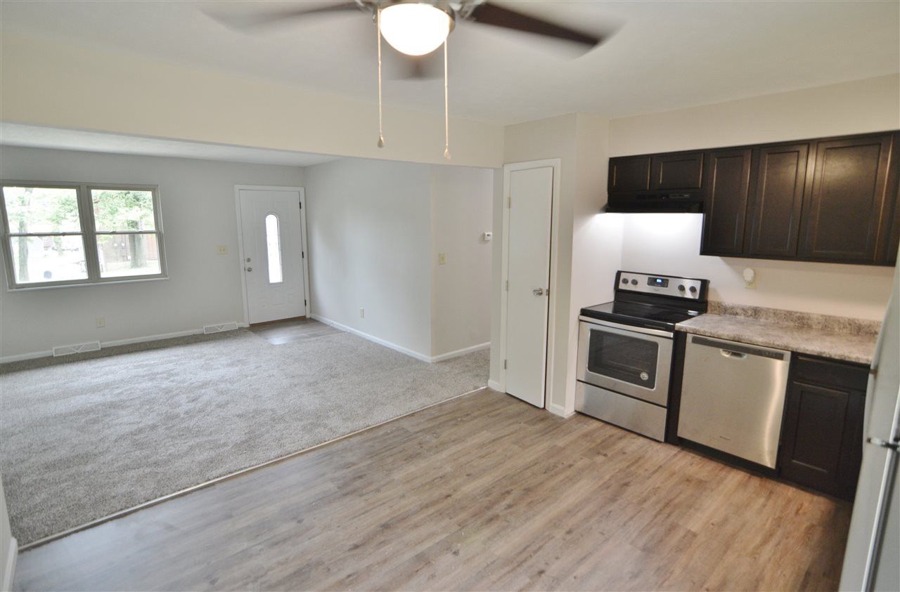 Photo 3 for 999 Capitol Ave Elsmere, KY 41018
