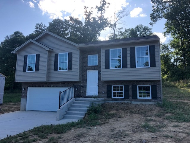 Photo 2 for 480 Eagle Creek Dr Dry Ridge, KY 41035