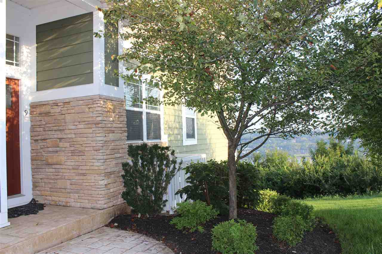 Photo 3 for 422 Riverpointe Dr, 9 Dayton, KY 41074