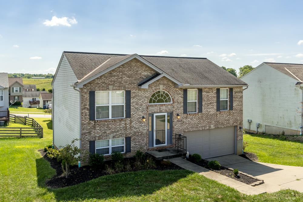Photo 1 for 209 Alexis Cir Dry Ridge, KY 41035