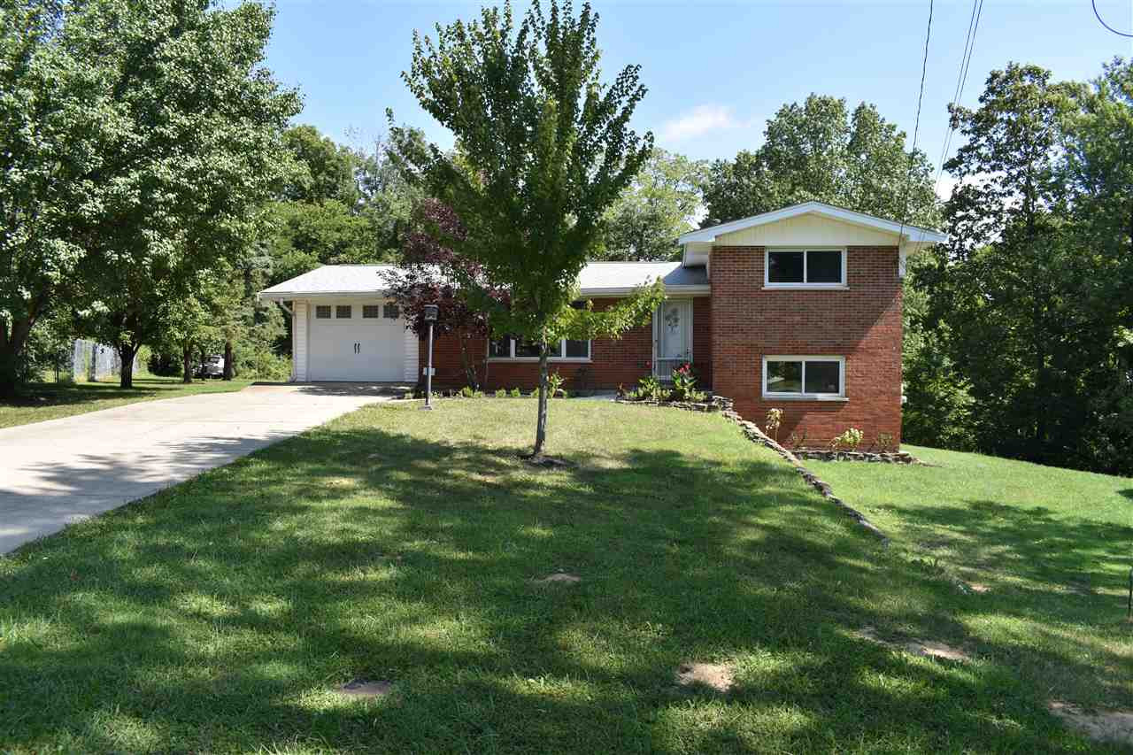 Photo 2 for 9 Lakeshore Dr Florence, KY 41042