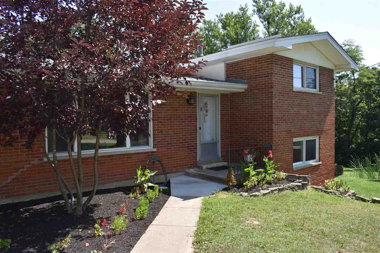 Photo 3 for 9 Lakeshore Dr Florence, KY 41042