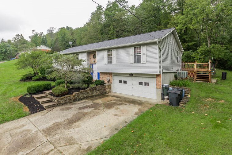 Photo 2 for 3728 Blangey Rd Highland Heights, KY 41076