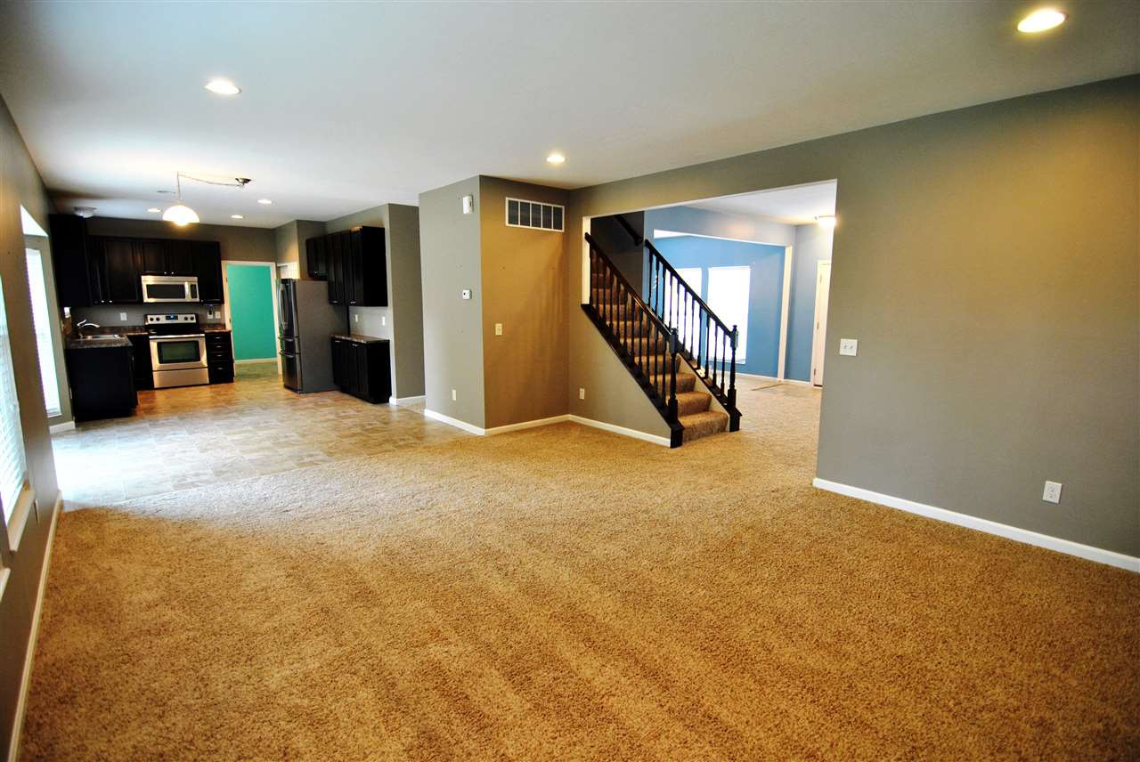 Photo 3 for 1011 Cherryknoll Ct Independence, KY 41051