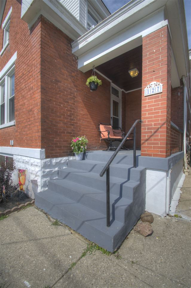 Photo 2 for 127 16th St Newport, KY 41071