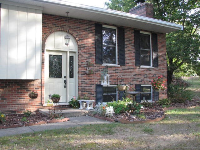 Photo 2 for 1374 Lickert Rd Alexandria, KY 41001
