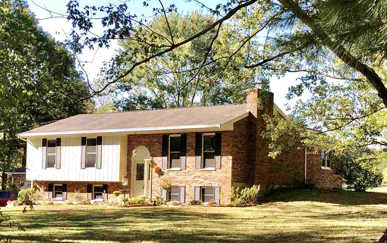 Photo 3 for 1374 Lickert Rd Alexandria, KY 41001