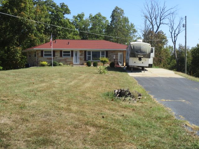 Photo 2 for 71 Lafollette Ln Falmouth, KY 41040