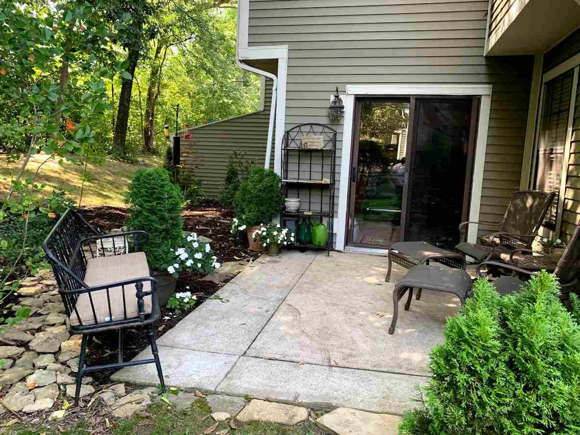 Photo 2 for 289 Saxony Crestview Hills, KY 41017