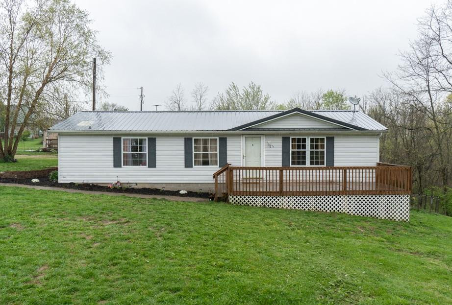 Photo 1 for 63 Hogg Ridge Rd Williamstown, KY 41097