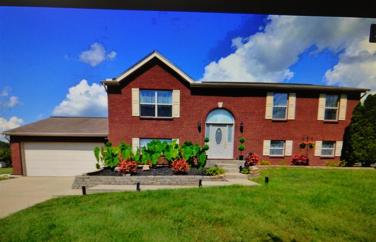 Photo 1 for 986 Marl Rich Ln Grants Lick, KY 41006