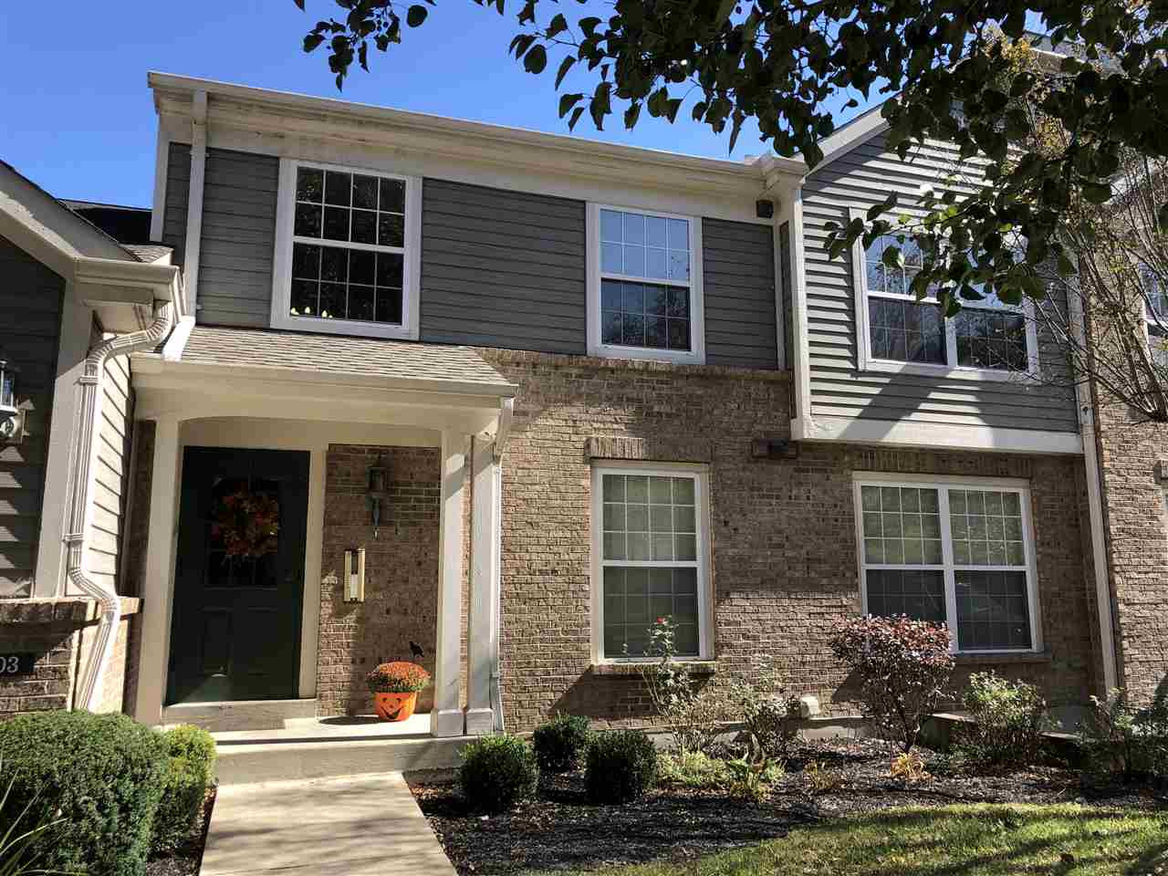 Photo 2 for 2103 Clareglen Ct, 101 Crescent Springs, KY 41017