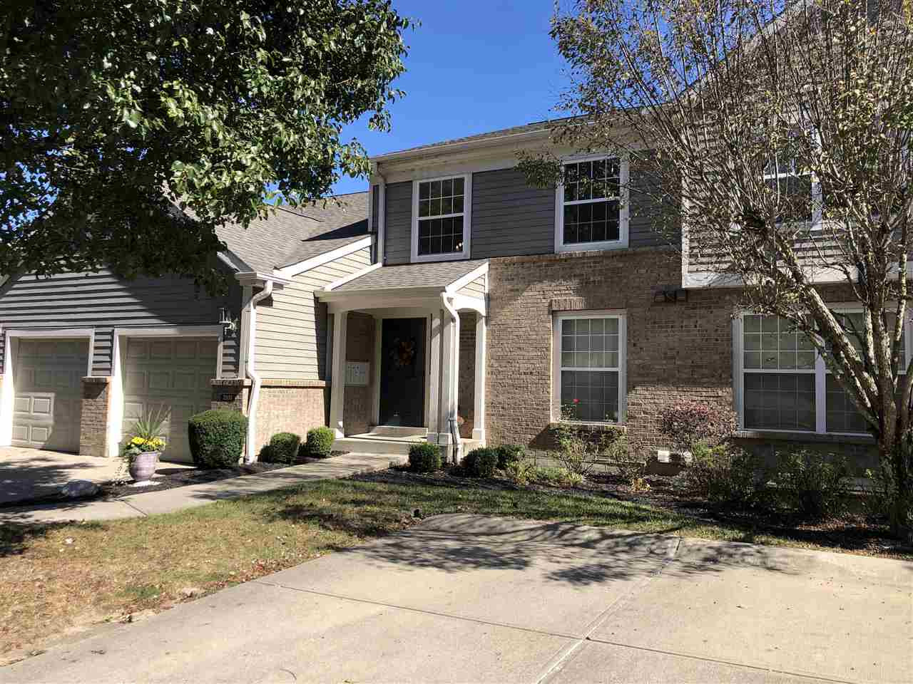 Photo 3 for 2103 Clareglen Ct, 101 Crescent Springs, KY 41017