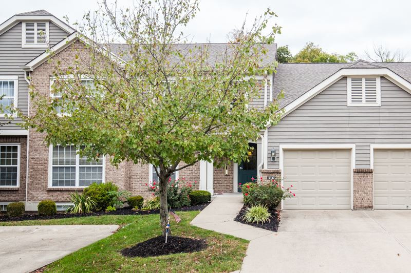 Photo 2 for 2117 Clareglen, 203 Crescent Springs, KY 41017