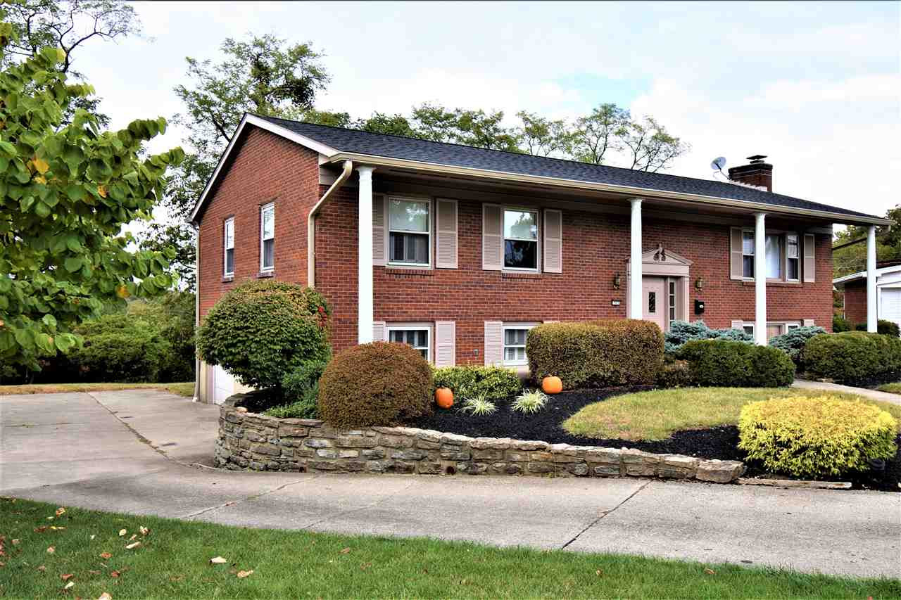 Photo 3 for 507 Bunker Ct Fort Wright, KY 41011
