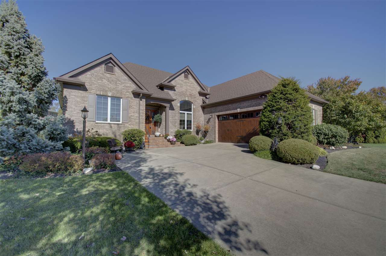871 Willowdale Dr