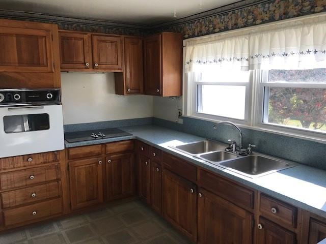 Photo 3 for 206 Garrett Ave Brooksville, KY 41004