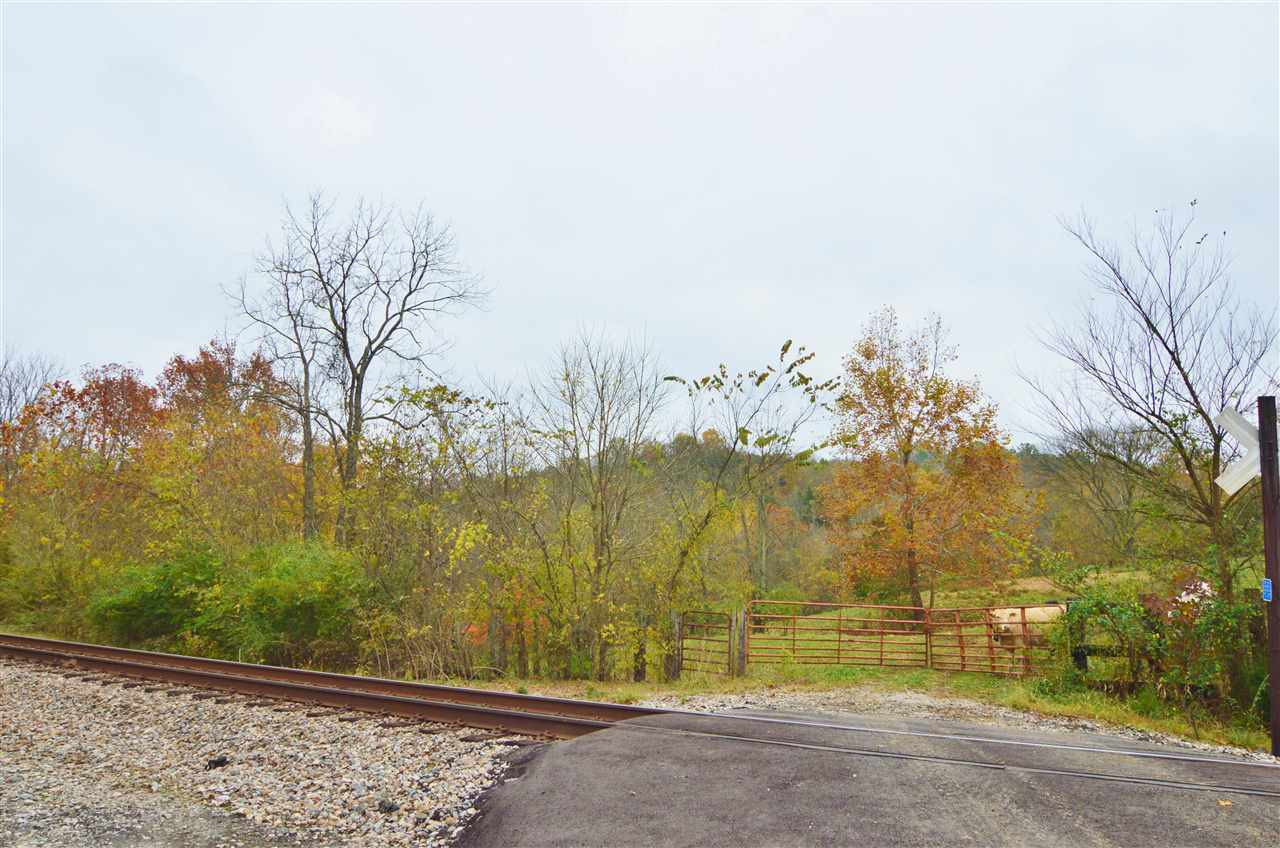 Photo 2 for 1515 Caldwell Ln Demossville, KY 41033