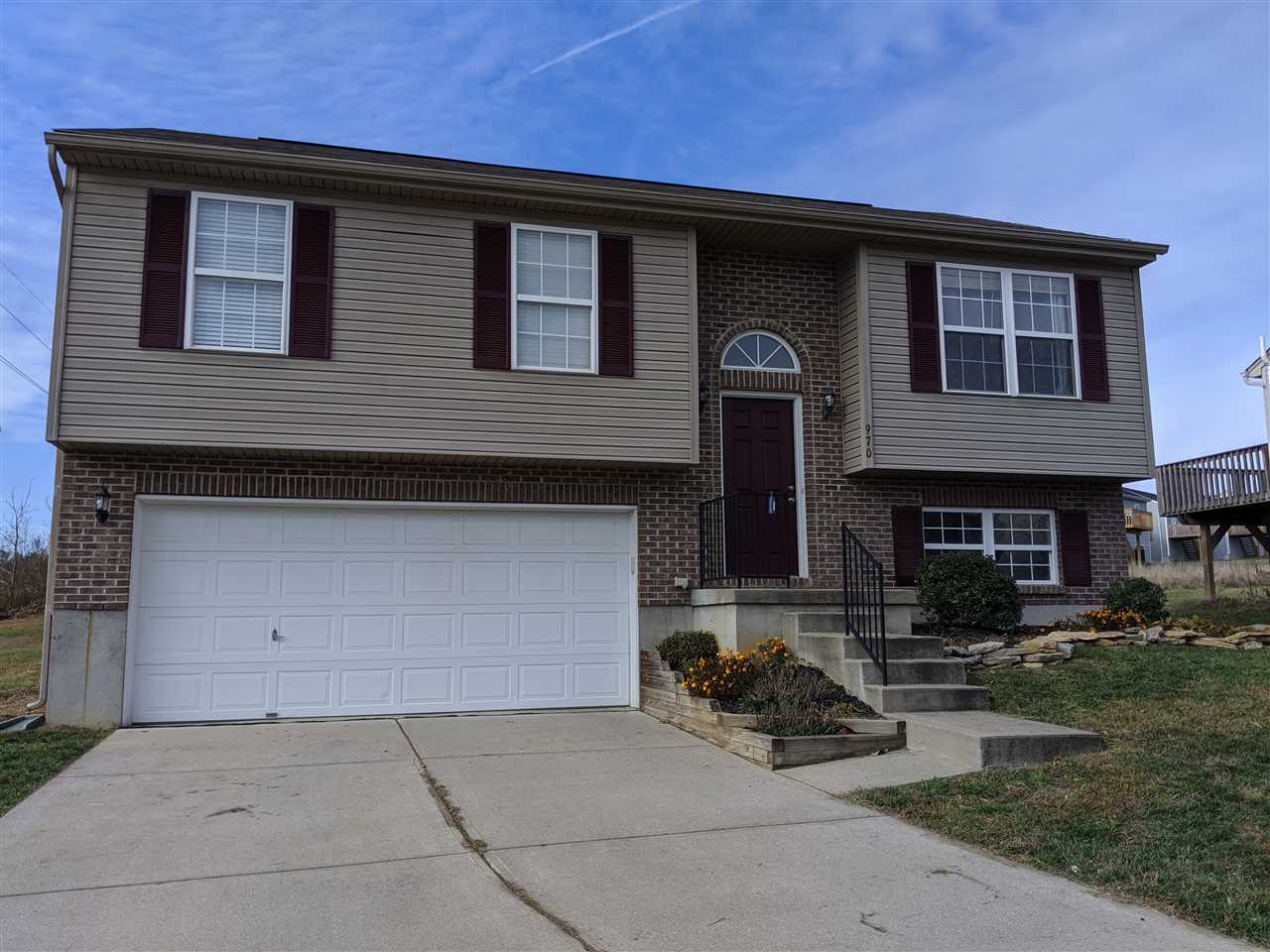 Photo 2 for 970 Wermeling Ln Elsmere, KY 41018
