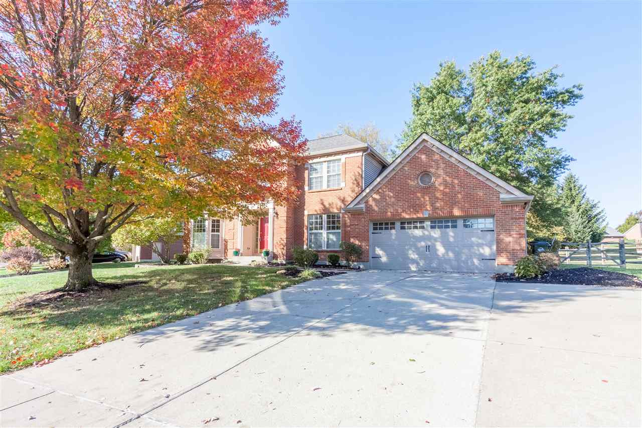 972 Lakepointe Ct